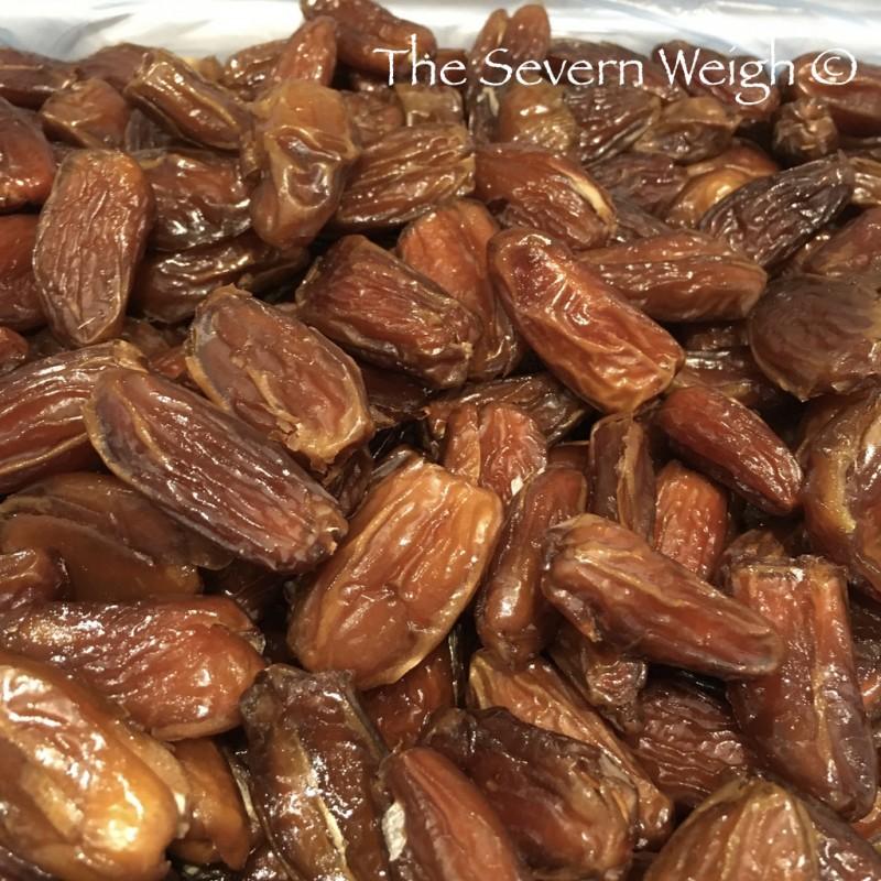 Dates Deglet Nour - Finest Tunisian Pitted Dates Organic