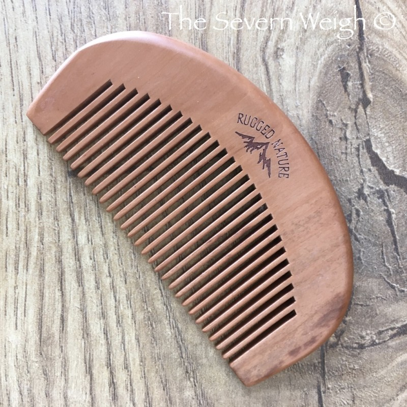 Hair Comb Small Curved Peach wood: Rugged Nature